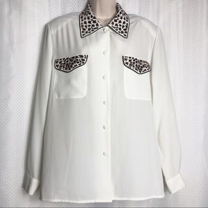 Tops - [Laura Scott] Blouse with Embroidered Animal Print